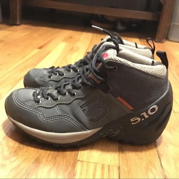 Five ten 5. 10 exum guide hike boots shoes men's size 8. 5 gray.